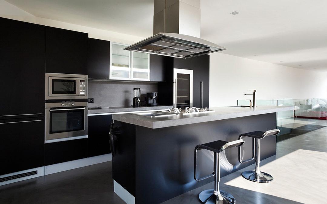 Consejos decorativos para tener cocina y comedor en un solo espacio.